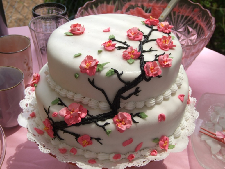 Cherry Blossom Luncheon-the cake I decorated